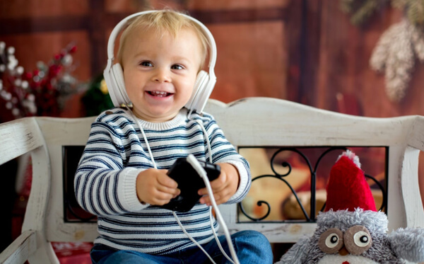 Toddler music player